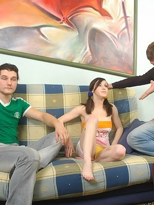 Lustful Brunette Feeling Prick For The First Time Time pics