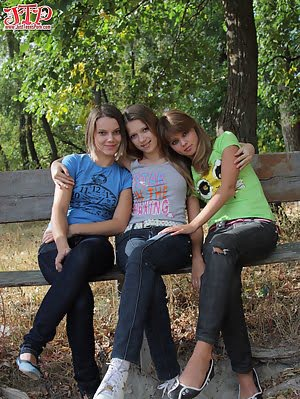 Three Very Hot Teen Lesbi Girls Take Off Their Sexy Clothes And Pose Right On The Street. Pose pics