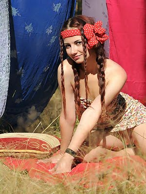 Sexy Teen Gets Down And Sexy In Her Indian Set, Doing More Dirty Things Than Her Ancestors Used To A More pics