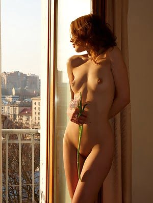 Cracking Hot Teenie Lose Control While Posing Completely Naked And Showing Her Body Indoors.