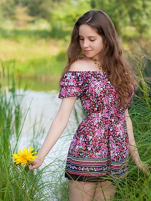 Entrancing Teen Takes Off Her Dress By The River And Exposes Her Perfectly Shaped Nude Body. Dress pics