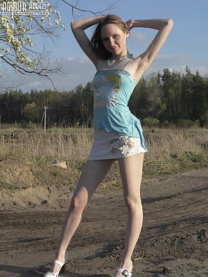 Gorgeous Perfect Nude Angel Made Up Her Mind To Have A Walk In The Field And To Enjoy The Nature Wit Nude pics