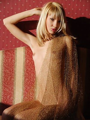 Fully Nude Killing Blonde Angel Shows All Wonderful Treasures Without Any Shade Of Shame In Red Bedr
