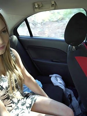 Petite Hottie Tiff Bannister Tries To Pick Up Her Driver With A Juicy Blowjob And A Stiffie Ride In Wet pics