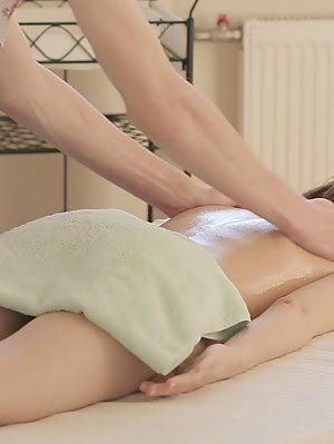 A Sensual Massage Turns Into A Naughty Fuck When Petite Julie Vee Stuffs Her Soft Puffy Twat With He Naughty pics